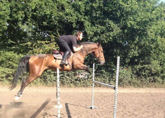 Préparation aux concours d'équitation à La Croix Saint-Ouen